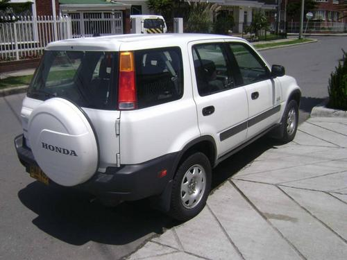 vendo honda cr v version sencilla 2 0 2001 bogota clasificados de compra y venta de carros y. Black Bedroom Furniture Sets. Home Design Ideas